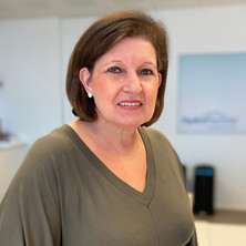 Linda Mombaerts
