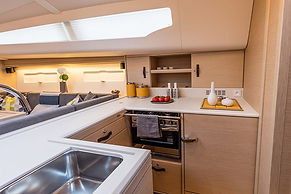 Lucky-Galley-Kitchen-jeanneau51-2-1000x6