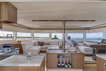 Esperanza-Crewed-Yacht_VIYC.jpg