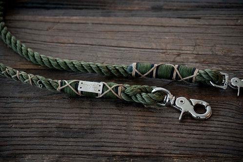 Serengeti leash