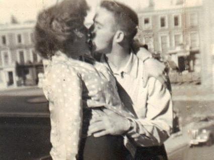Mom & Dad - London