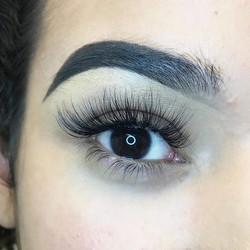 volume, wispy, eyelash extensions