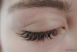 sparkling crystal, eyelash extensions