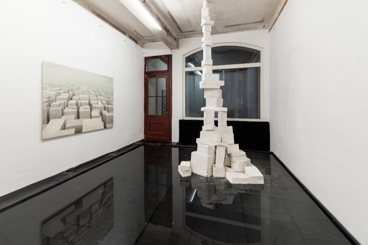 Turm1-ganz-Installation-Gabriela-Kobus-Z