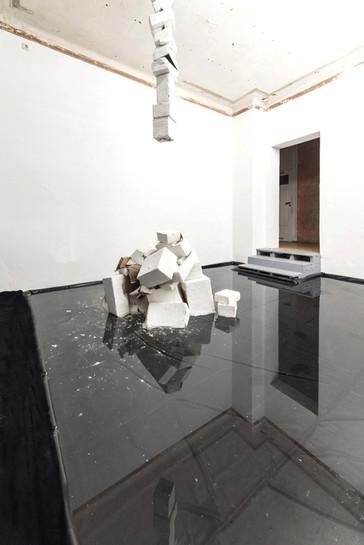 Turm2-Installation-Gabriela-Kobus-Zeitge