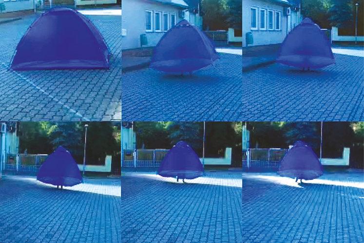 Tent6-Installation-Gabriela-Kobus-Zeitge