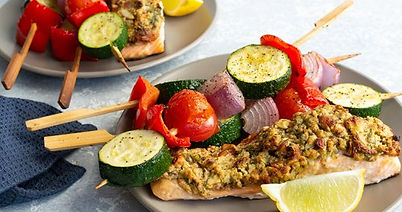 Almond_and_oat_crusted_salmon_with_veget