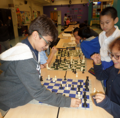 Grahamwood's Chess Club has fun while winning state awards!