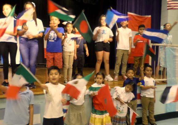 Grahamwood students celebrate their heritage on ESL Night!
