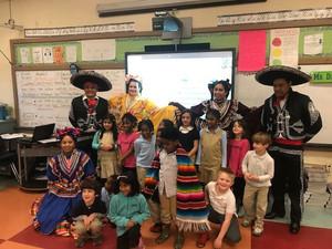 Grahamwood's Spanish Club Celebrates