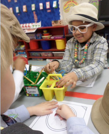 Grahamwood Elementary's kindergartners celebrate the 100 th Day of School!
