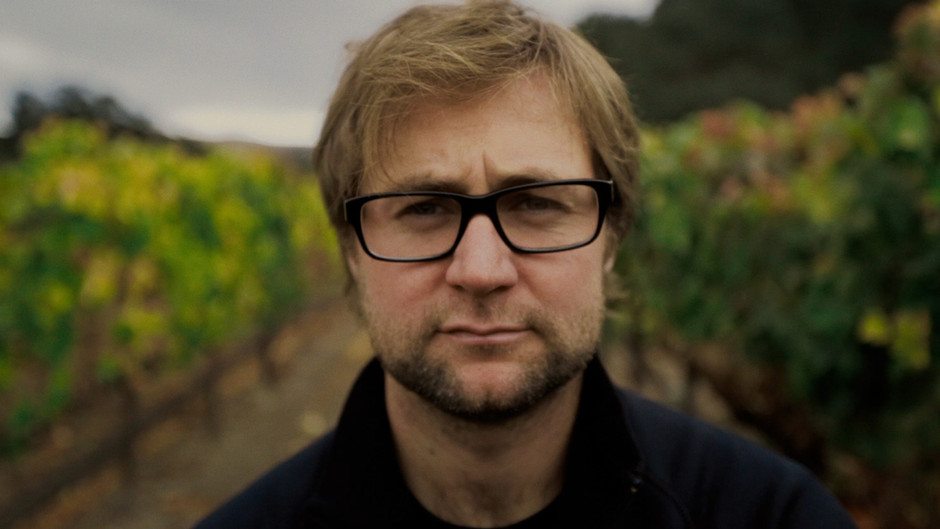 Making Wine Across the Divide-Vinous