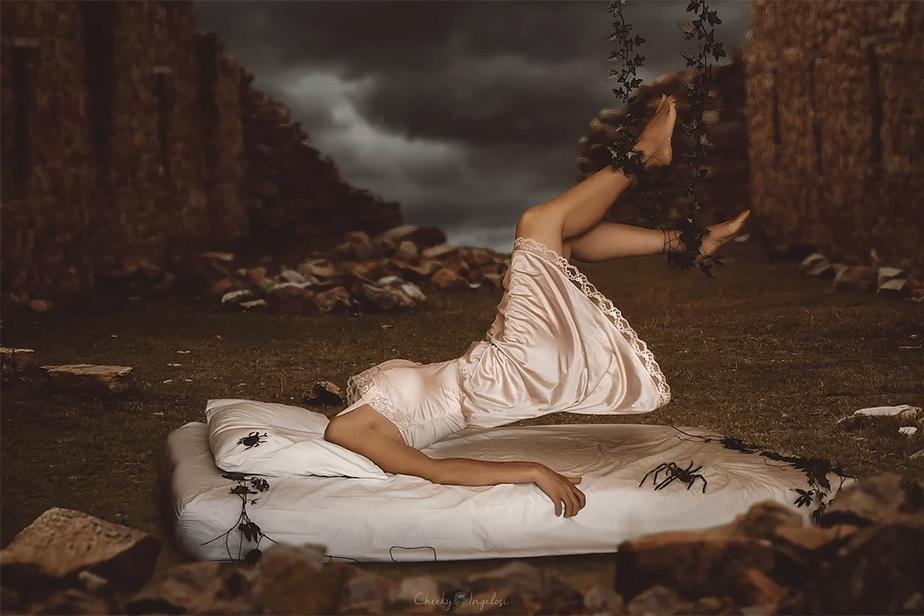 headless woman depicting depression