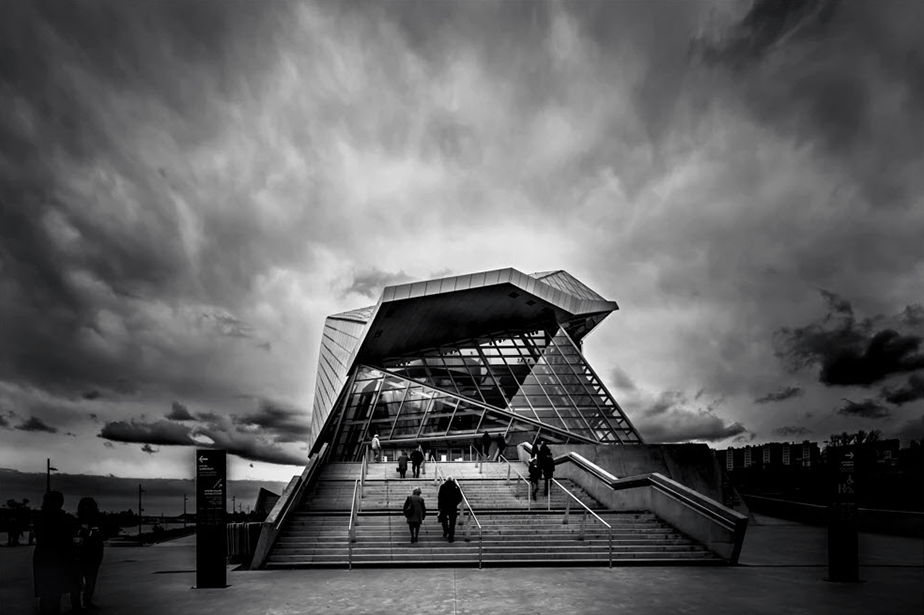 high contrast architecture shot monochromatic