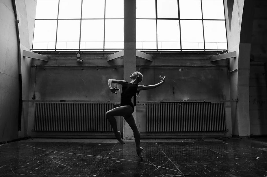 monochrome ballerina portrait