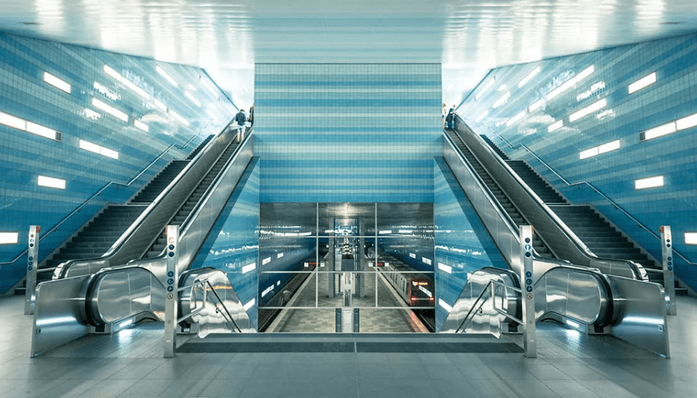 perfectly symmetric subway stairs