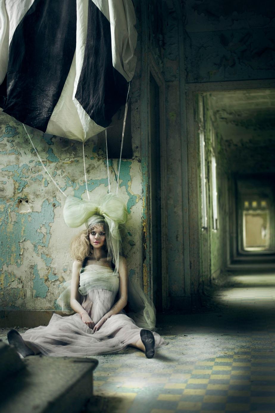 Portrait of a girl dressed like a doll by Wix Photographer Juliette Jourdain