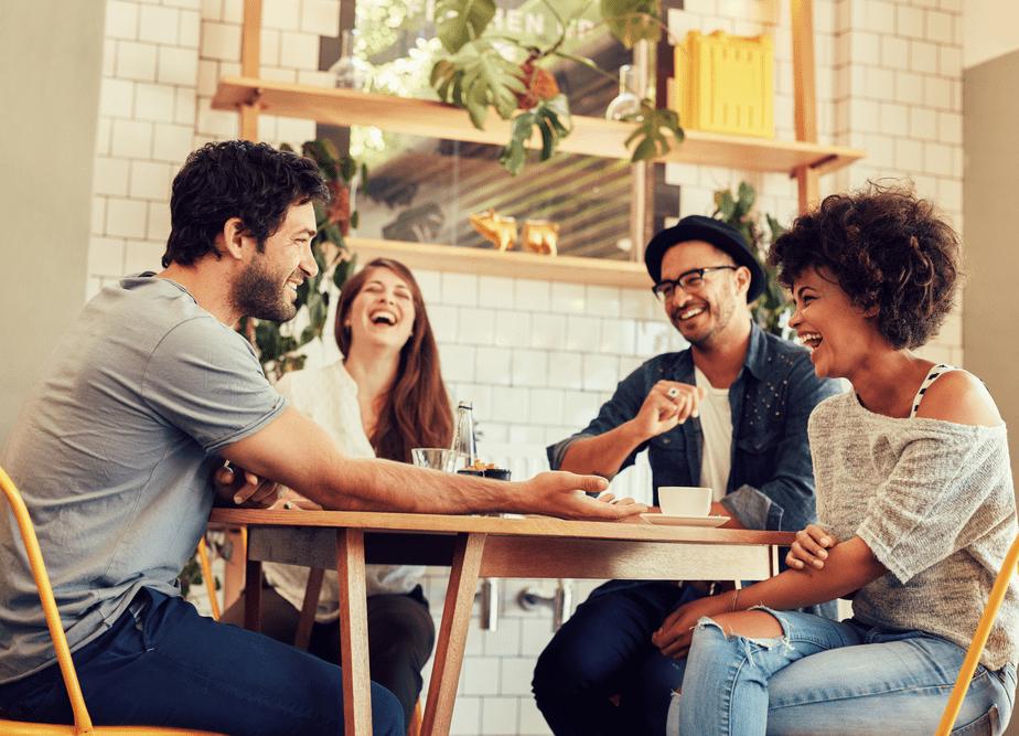 Consejos para trabajar desde casa: Haz vida social