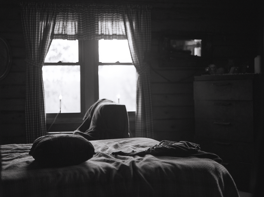 monochrome bedroom