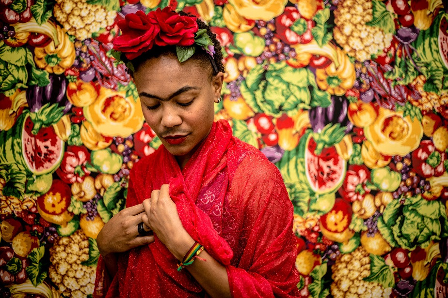 woman dressed as frida kahlo by wix photographer camila fontenele