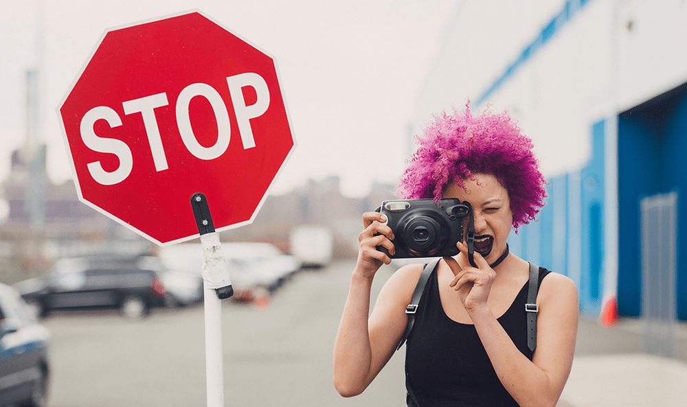 photographer saying stop to the things that drive her crazy