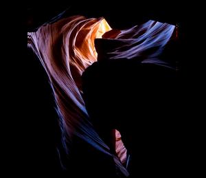 light passing through antelope canyon