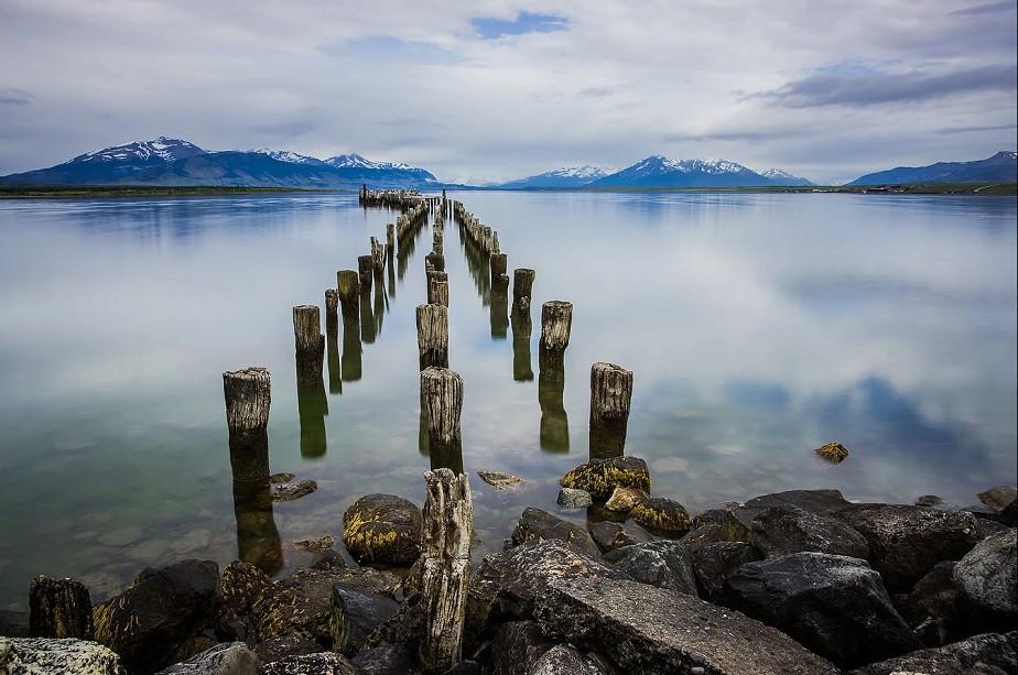Bridge to the ocean in Chili by Wix photographer Pierik Falco