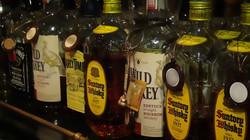 ウィスキー、焼酎など各種ボトルございます!