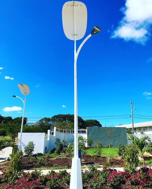 solar powered led street light pole