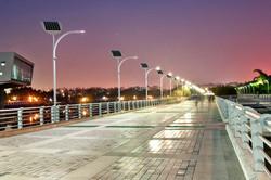 SOLAR STREET LIGHT ENGOPLANET
