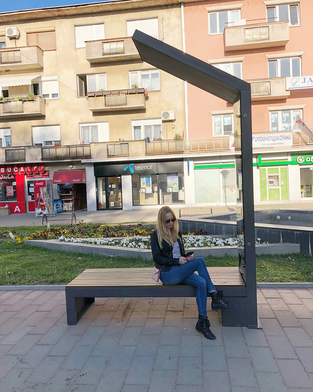 smart solar powered bench design