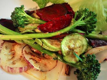 Ensalada de vegetales asados