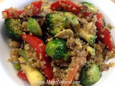 Quinoacon arroz salvaje y vegetales