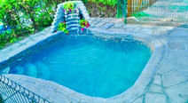 Petite Maternelle - La piscina dell'Isola.
