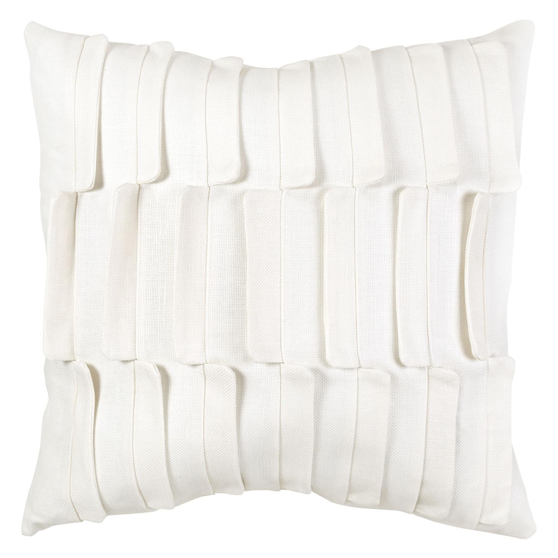 V Rug pillow 4