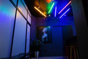 Recepção bar luzes neon