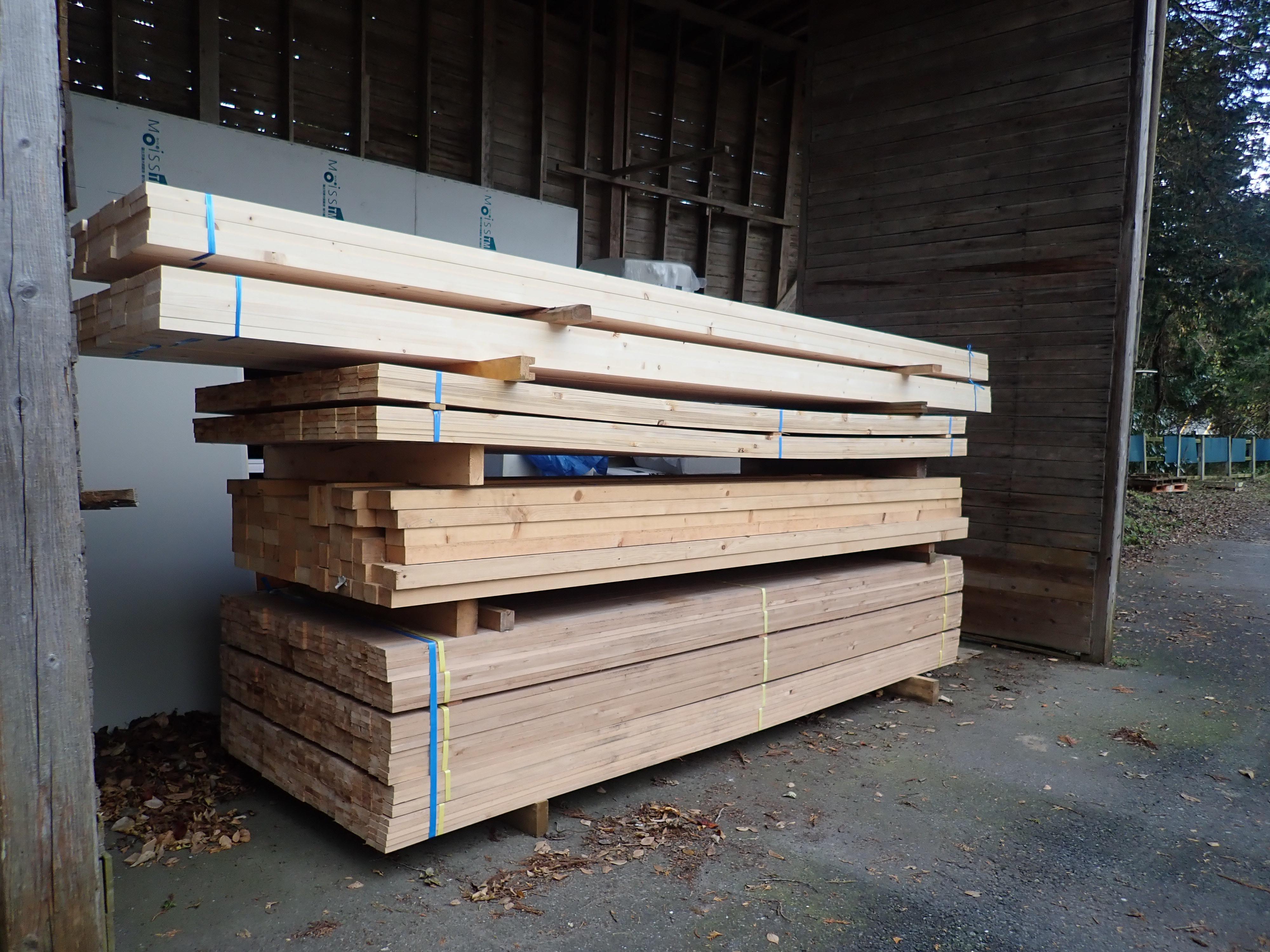 いろんな寸法の材木