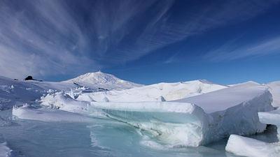 南極大陸の氷下に地球の歴史あり!?