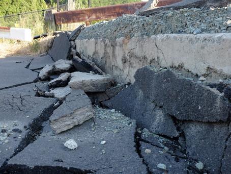 地震は本当に怖いですね!!