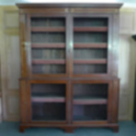 Regency Bookcase b.jpg
