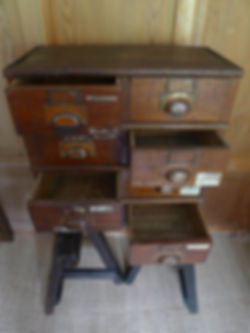 8 drawers 3.jpg
