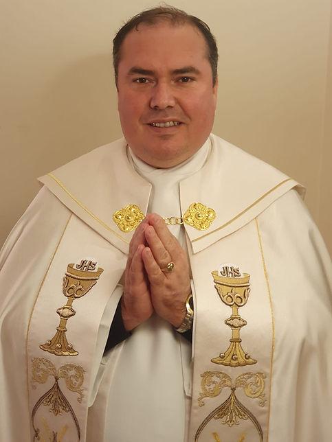 Fr Valmor.jpeg