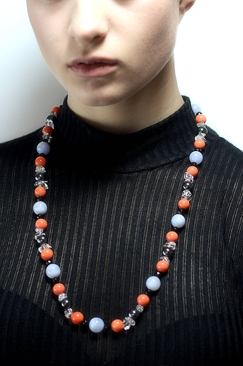 Agate and rock crystal bead necklace