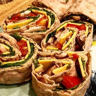 🔻Lavish Bread Hummus Rolls🔻__Another Q