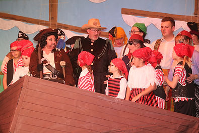 dym players treasure island 1019 060.jpg