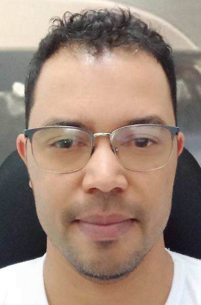 aciclomoc-removebg-preview (1).png