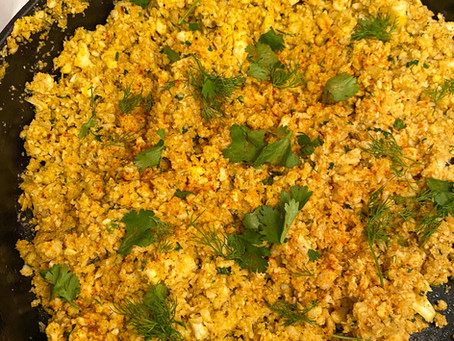 Spiced turmeric cauliflower rice