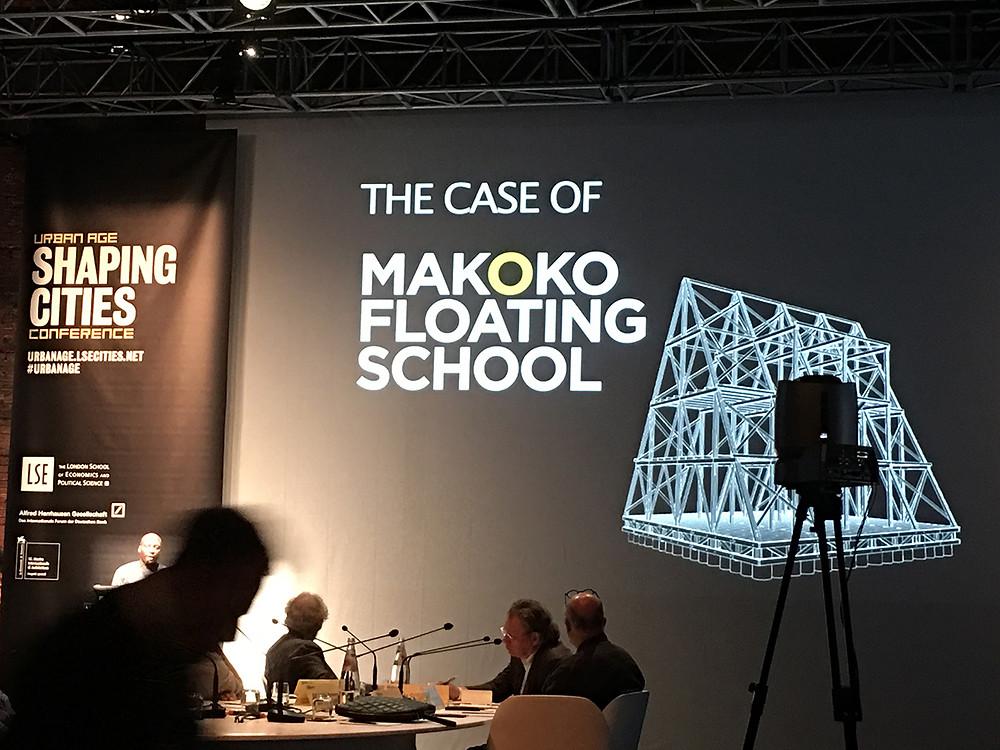El caso de la escuela Makoko en Lago, Nigeria, del arquitecto Kunlé Adeyemí.