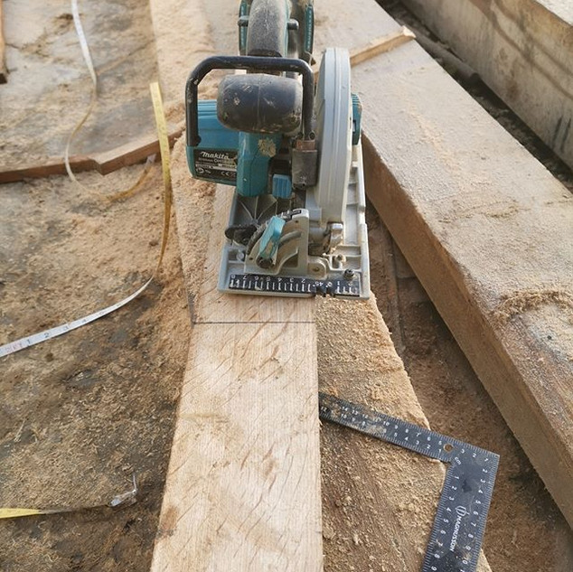 Cutting and Joining oak. satisfaction gu