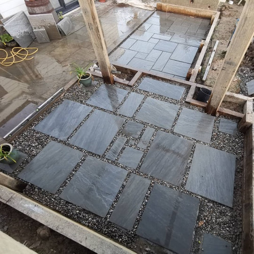 Pebble & Slab Mosaic Patio